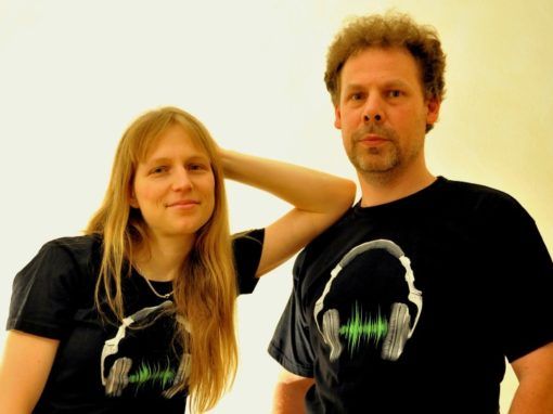 DJ COUPLE (Martin & Lenka)